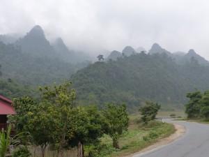 En prenant la route de Dong Van